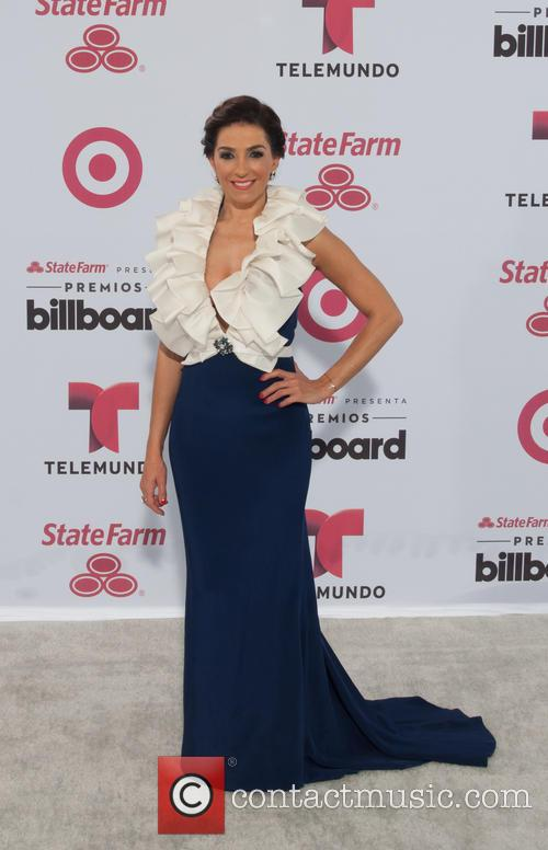 Billboard and Kika Rocha 5