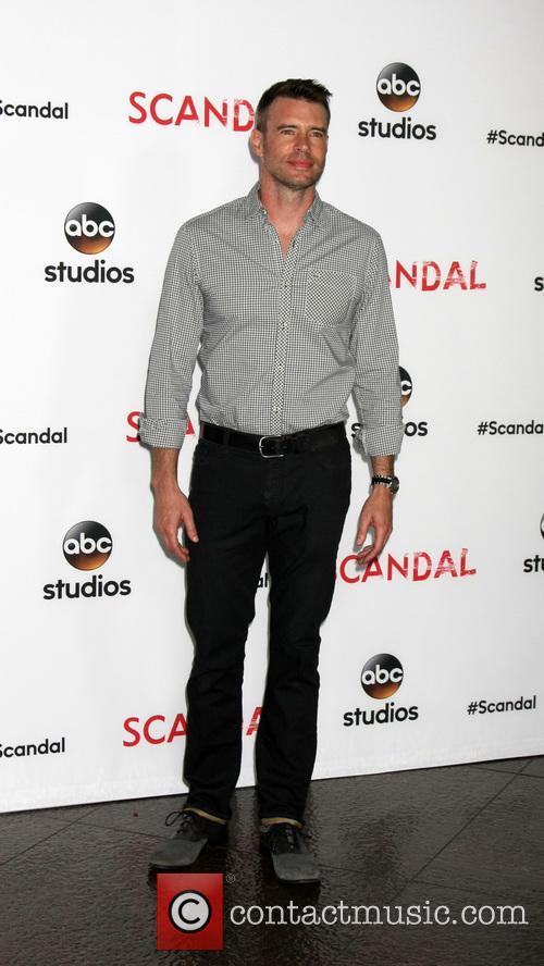Scott Foley 7