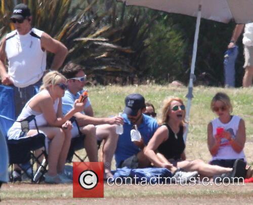 Britney Spears, Charlie Ebersol and Jamie Lynn Spears 4