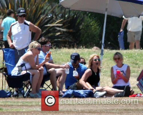 Britney Spears, Charlie Ebersol and Jamie Lynn Spears 6