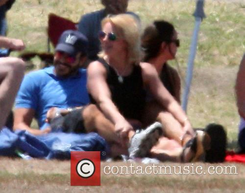 Britney Spears, Jamie Lynn Spears and Charlie Ebersol 9