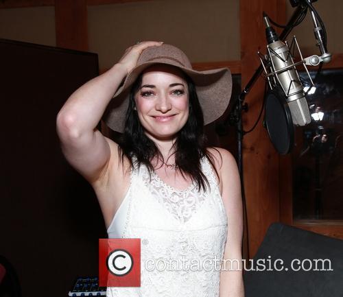 Laura Michelle Kelly 1