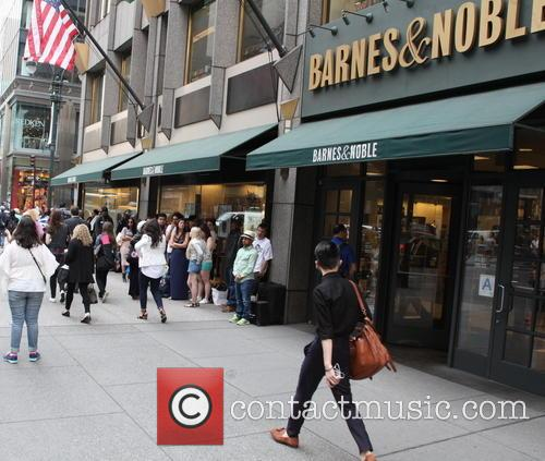 Kim Kardashian appears at Barnes & Noble for...
