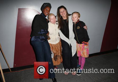 Bibiana Mbuchi, Camryn Manheim, Tindy Mbuchi and Guest 3