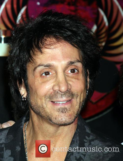 Deen Castronovo and Journey 1
