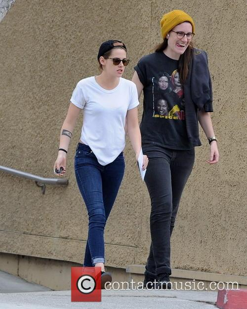 Kristen Stewart takes out cash from her local...