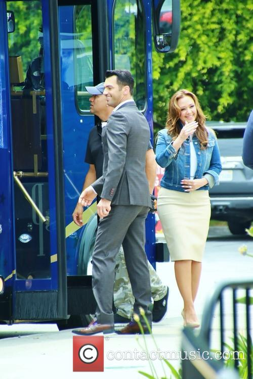 Leah Remini and Tony Dovolani 6