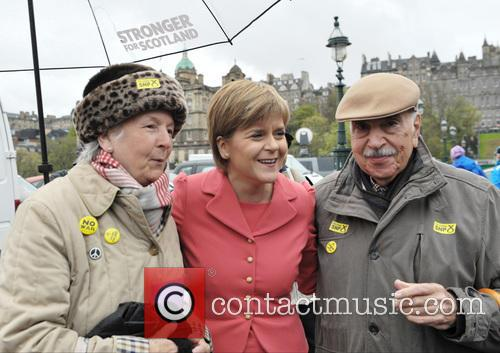 Nicola Sturgeon and Atmosphere 7