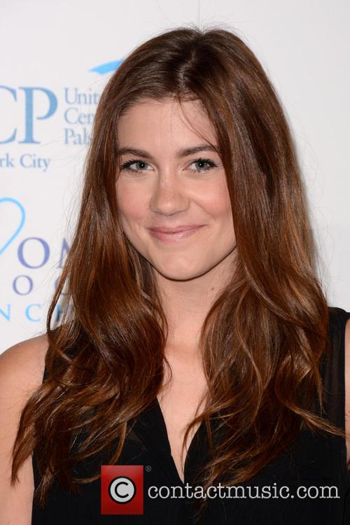 Laura Dreyfuss 5