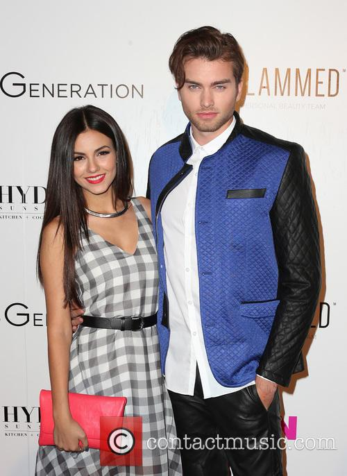 Victoria Justice and Pierson Fode 5