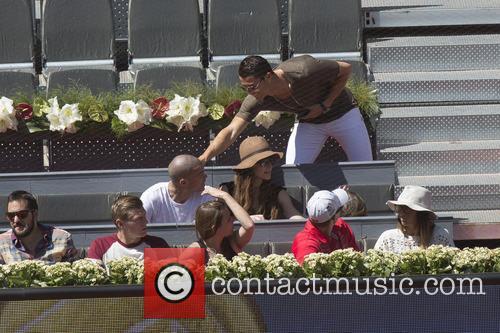 Cristiano Ronaldo, Toni Kroos and Jessica Farber 5