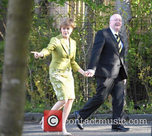 Nicola Sturgeon and Peter Murrell 4
