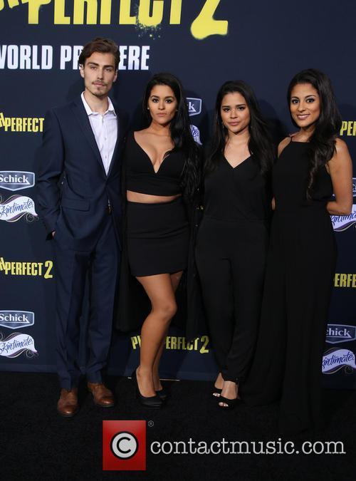 Gigi Zumbado, Marisela Zumbado and Carmela Zumbado 2