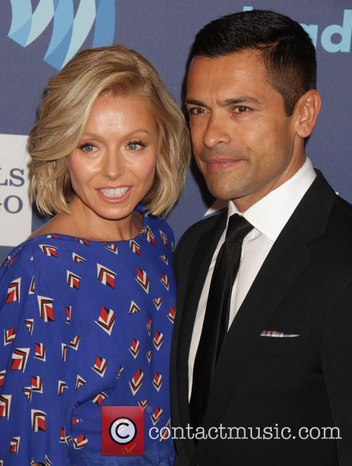 Kelly Rippa and Mark Consuelos 1