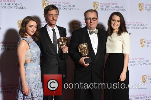 Maisie Williams, Sophie Mcshera and Mackenzie Crook 2