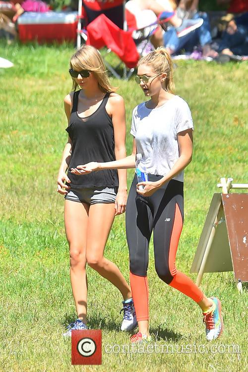 Gigi Hadid and Taylor Swift 3
