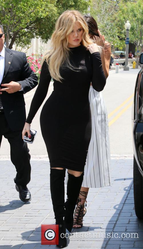 Khole Kardashian, Kendall Jenner and Kris Jenner 2