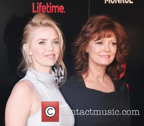 Kelli Garner and Susan Sarandon 7