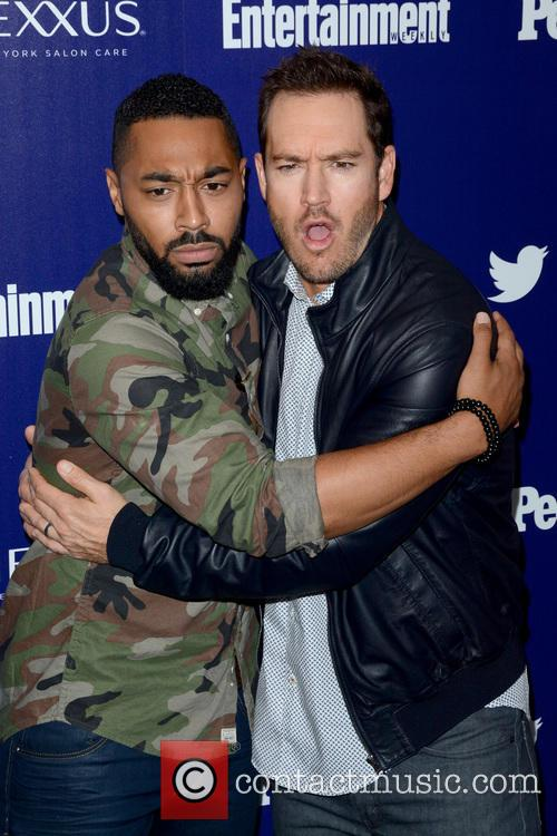 Tone Bell and Mark-paul Gosselaar 4