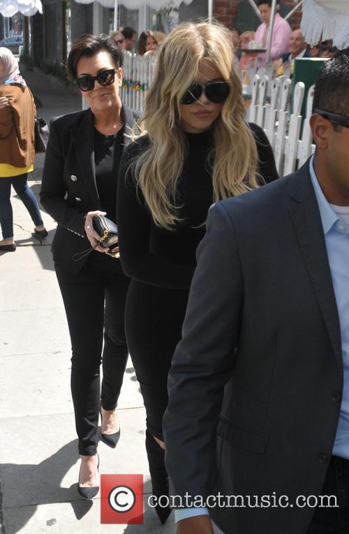 Khloe Kardashian and Kris Jenner 3