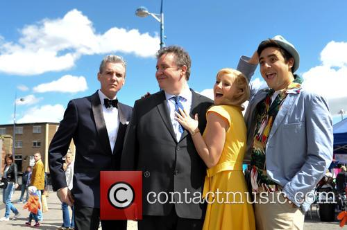 Michael Praed, Mark Benton, Carley Stenson and Noel Sullivan 5