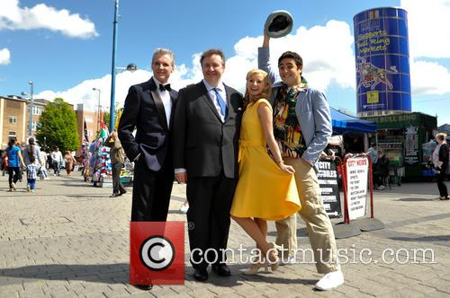 Michael Praed, Mark Benton, Carley Stenson and Noel Sullivan 8