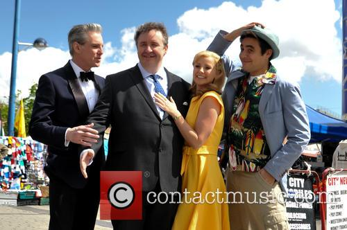 Michael Praed, Mark Benton, Carley Stenson and Noel Sullivan 9