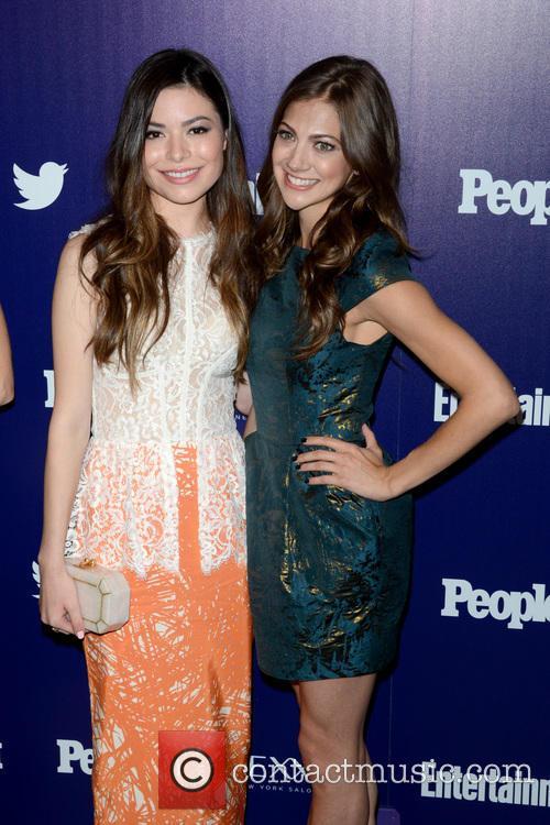Miranda Cosgrove and Mia Serafino 3