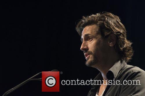 Juan Diego Botto speaks at PODEMOS