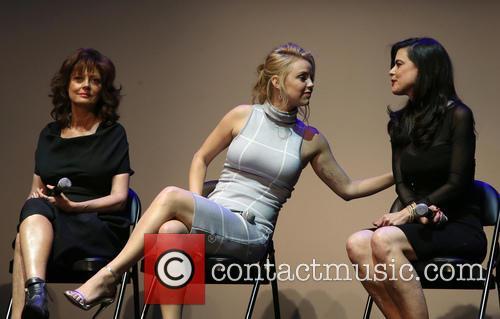 Susan Sarandon, Kelli Garner and Keri Selig 3