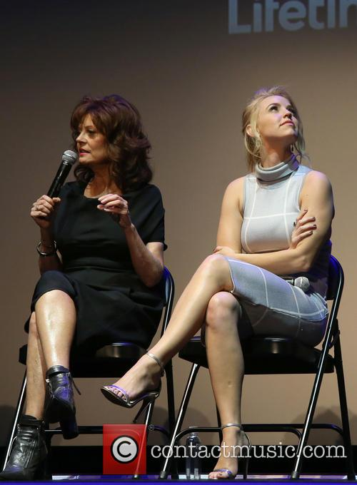 Susan Sarandon and Kelli Garner 11