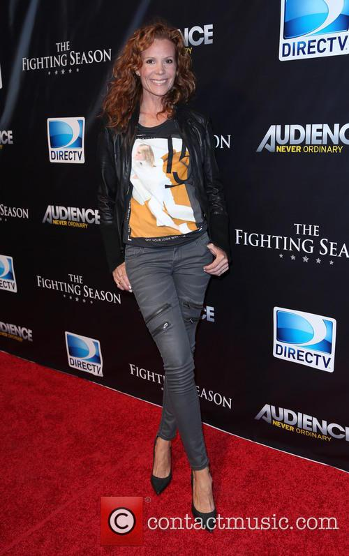 Robyn Lively 5
