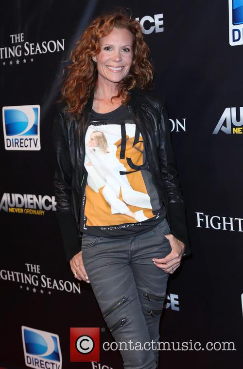 Robyn Lively 7