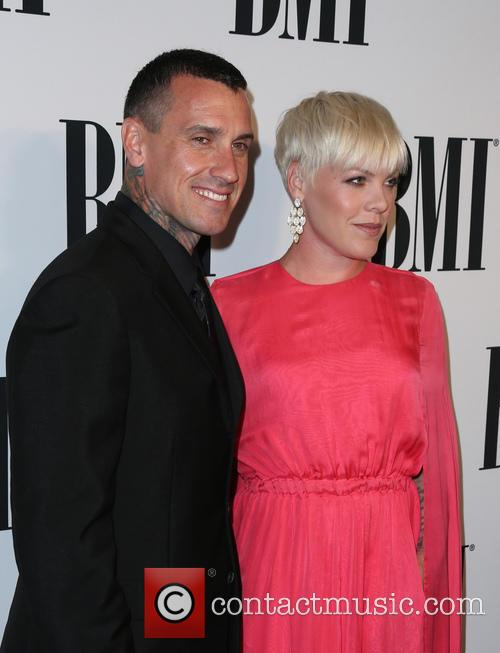 Carey Hart, P!nk and Alecia Moore 1