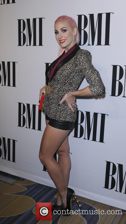Bonnie Mckee 3