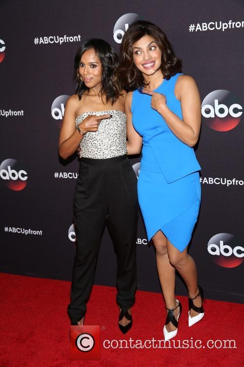 Kerry Washington and Priyanka Chopra 10