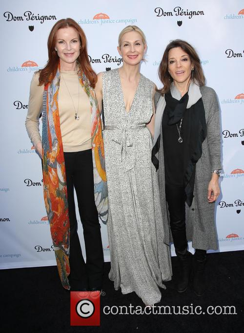 Marcia Cross, Kelly Rutherford and Marianne Williamson 3