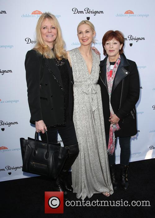 Cheryl Tiegs, Kelly Rutherford and Frances Fisher 5