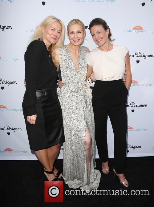 Kelly Rutherford and Guests 7
