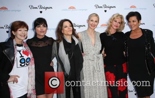 Frances Fisher, Selma Blair, Marianne Williamson, Kelly Rutherford, Melanie Griffith and Kris Jenner 6