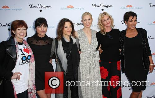 Frances Fisher, Selma Blair, Marianne Williamson, Kelly Rutherford, Melanie Griffith and Kris Jenner 9