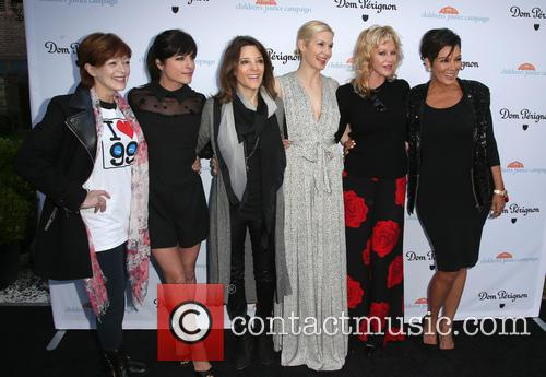 Frances Fisher, Selma Blair, Marianne Williamson, Kelly Rutherford, Melanie Griffith and Kris Jenner 10