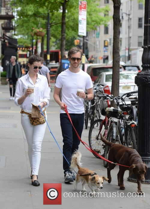 Anne Hathaway and Adam Shulman 11