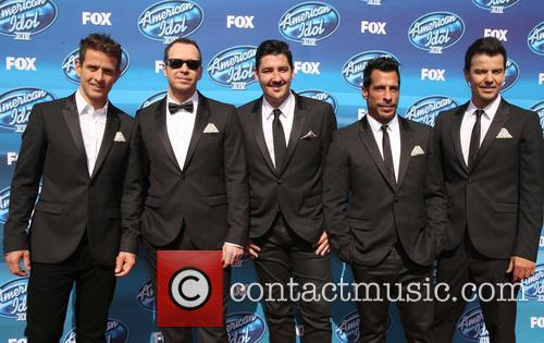 Joey Mcintyre, Donnie Wahlberg, Jonathan Knight, Danny Wood and Jordan Knight Of New Kids On The Block 3