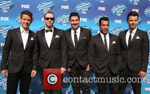 Joey Mcintyre, Donnie Wahlberg, Jonathan Knight, Danny Wood and Jordan Knight Of New Kids On The Block 4