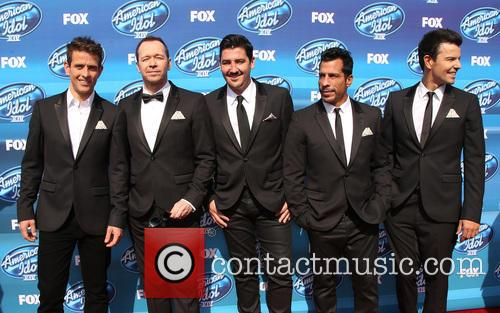 Joey Mcintyre, Donnie Wahlberg, Jonathan Knight, Danny Wood and Jordan Knight Of New Kids On The Block 8