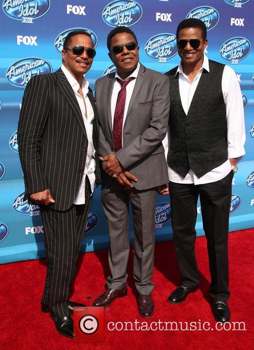 Tito Jackson, Jackie Jackson and Marlon Jackson 9