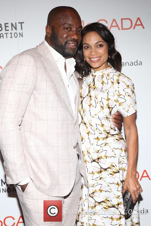 Malik Yoba and Rosario Dawson 6
