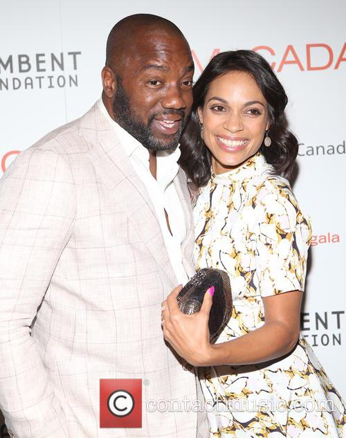 Malik Yoba and Rosario Dawson 7