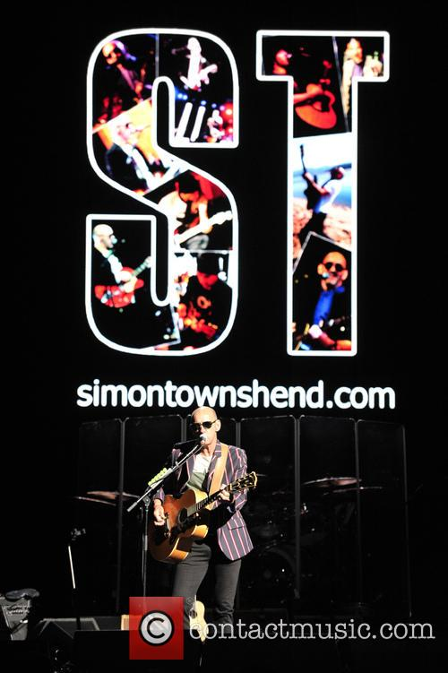 Pete Townshend, Simon Townshend and Eddie Vedder 3